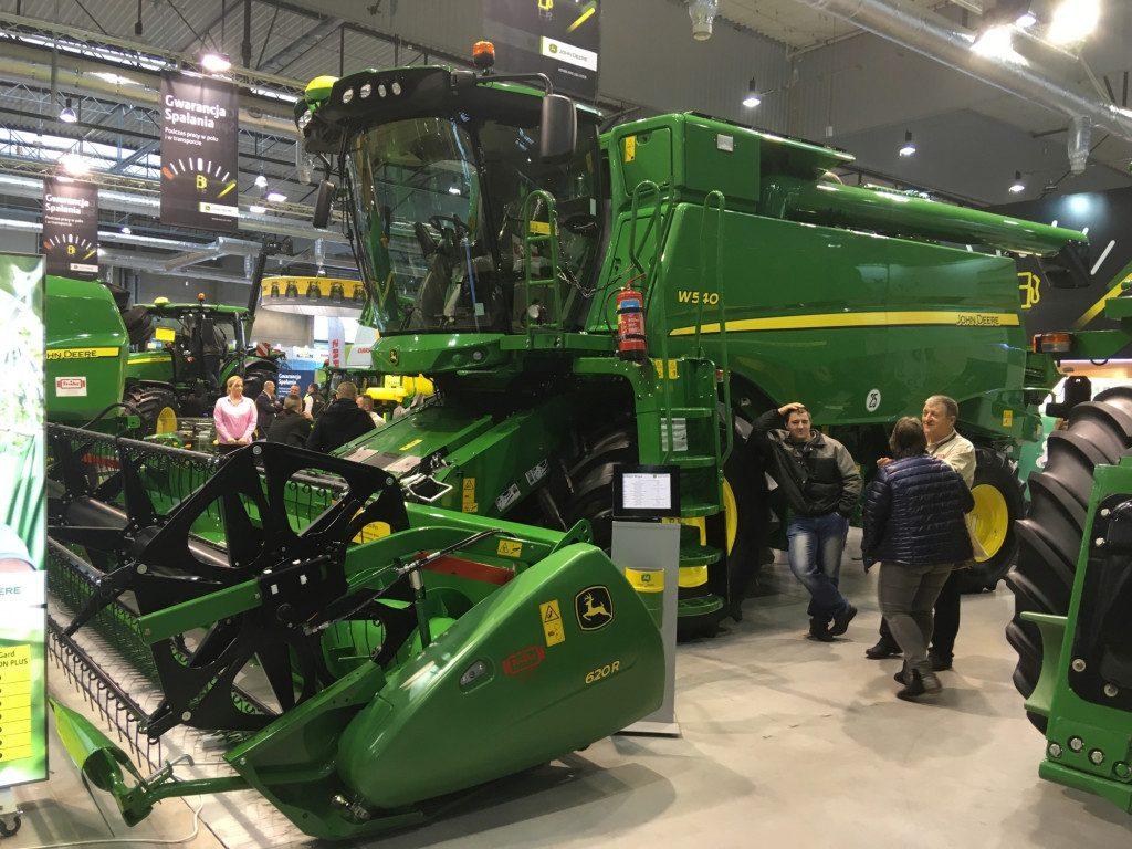 """Kombajn marki John Deere - Mascus na targach Agro Show 2019"""""""