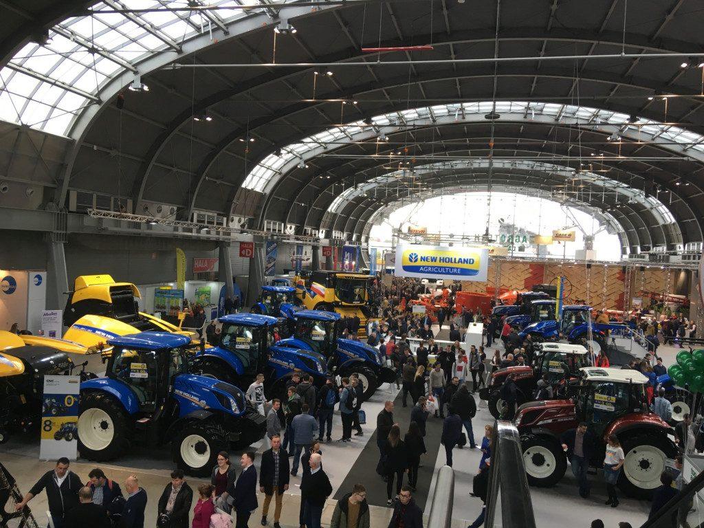 Ciągniki New Holland - Mascus na Targach AGROTECH Kielce 2019