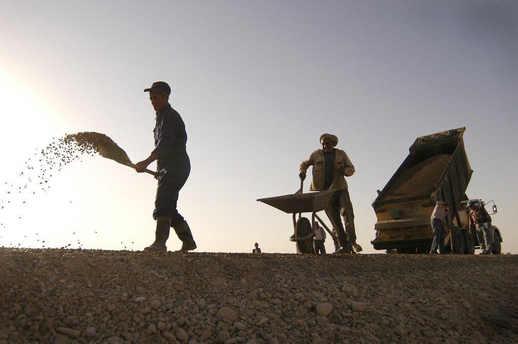 Грузовики, самосвалы идеально подходят для малых и средних строительных компаний