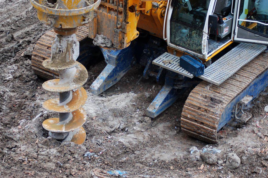 Jaką metodą utworzyć studnię na działce