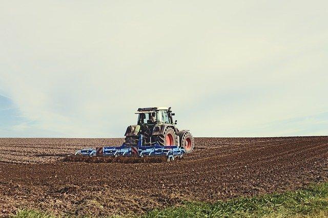 Przegląd maszyn rolniczych – przygotowanie do prac polowych - wpis na blogu Mascus Polska