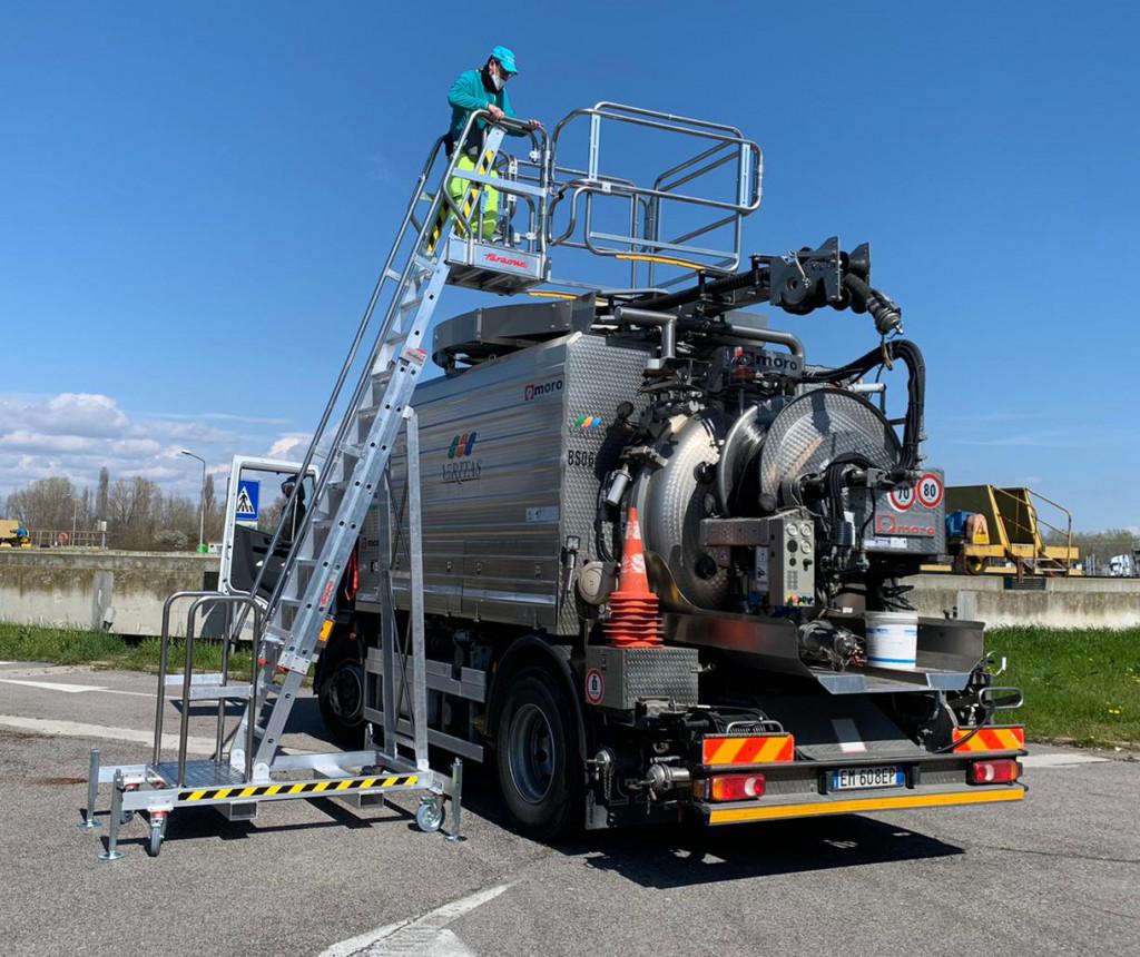 Zdjęcie maszyny dla firmy utylizującej odpady - artykuł na blogu Mascus Polska