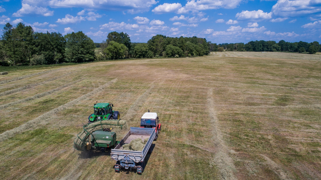 Traktory Zetor - za co cenią je rolnicy? Artykuł na blogu Mascus Polska