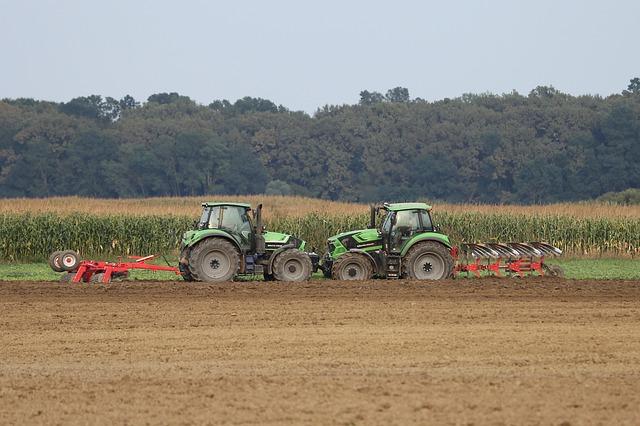 Używane ciągniki rolnicze – jakich traktorów najczęściej szukają nasi użytkownicy? Blog Mascus Polska