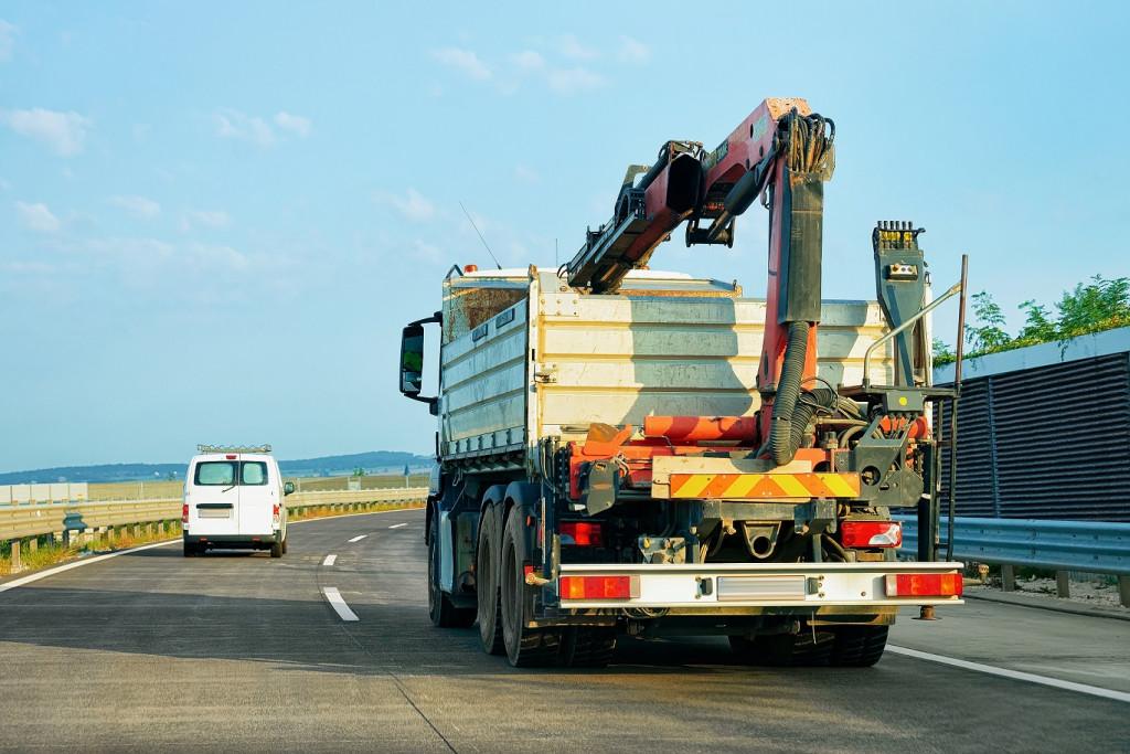 Samochody ciężarowe z HDS – gdzie można je wykorzystać? Blog Mascus Polska